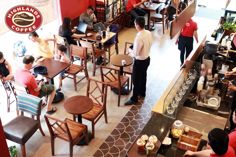 Thiết bị tự phục vụ được lắp đặt tại các hệ thống của Highland coffee
