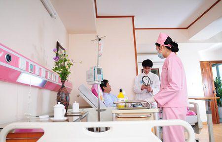 nên kiểm tra hệ thống báo gọi y tá trực khi tiến hành nghiệm thu
