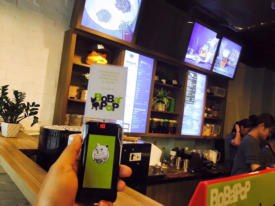 ecall triển khai thiết bị tự phục vụ cho trà sữa bobapop
