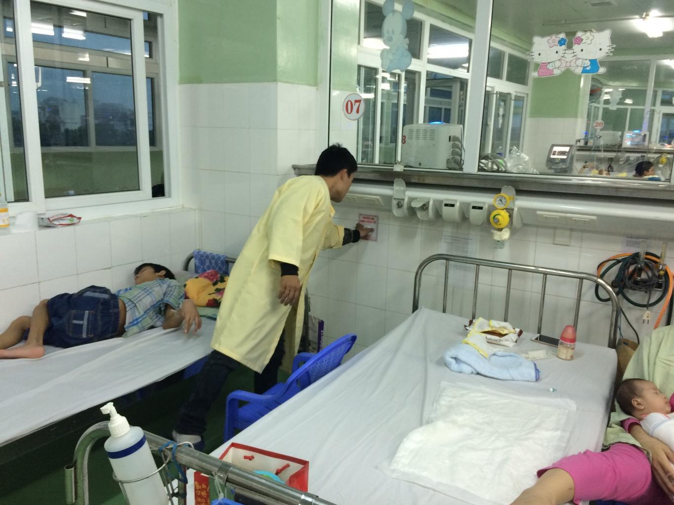 Lắp đặt nút chuông gọi y tá WS-100 tại khoa hồi sức cấp cứu bệnh viện phụ sản nhi Đà Nẵng